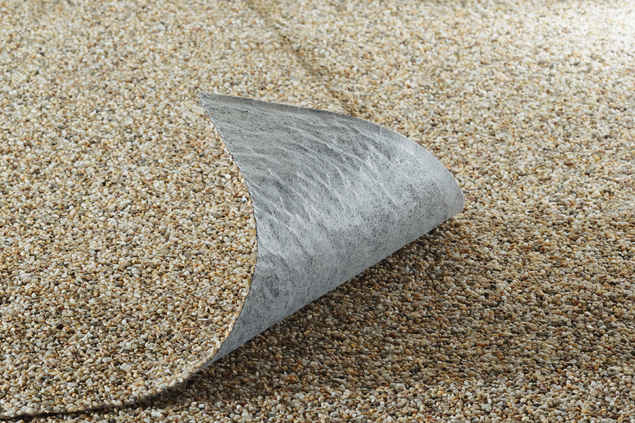 Stone foil sand 0,4m wide per meter